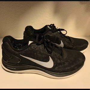 Men's Nike Lunarlon - Size 9.5 / Black